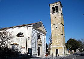 Aperture nella Chiesa ai Preti sposati: Prete sposato celebra Messa in italiano in parrocchia cattolica senza sacerdote