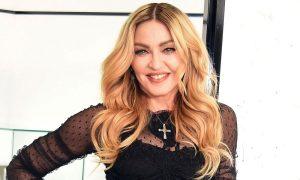 Madonna non mantiene la promessa: niente pom**ni per chi vota Hillary