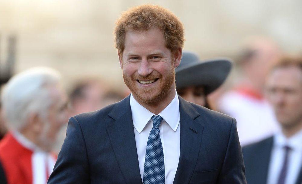 Il Principe Harry fa il nuovo test dell'HIV in diretta Facebook [VIDEO]