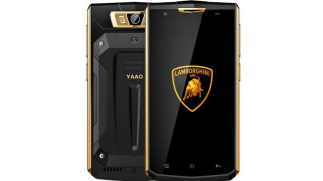 YAAO 6000 Plus, smartphone ipercorazzato con batteria elefantiaca