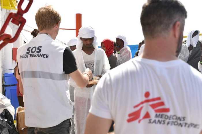 Quasi mille i migranti salvati in mare da MSF nelle ultime ore, 22 i morti