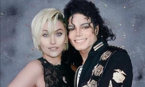 La figlia di Michael Jackson Paris ha un attacco di panico mentre fugge dai paparazzi [VIDEO]