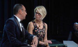 Sanremo 2017, Maria De Filippi dà lezioni di conduzione a Carlo Conti