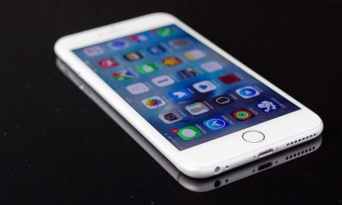 Voci dalla Cina confermano: l'iPhone 7 avrà una batteria più grande
