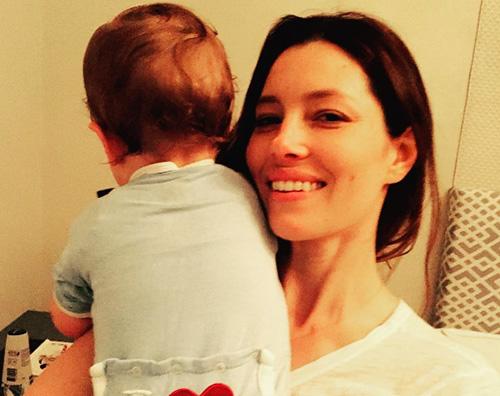 Justin Timberlake condivide una nuova foto di Silas per la festa della mamma