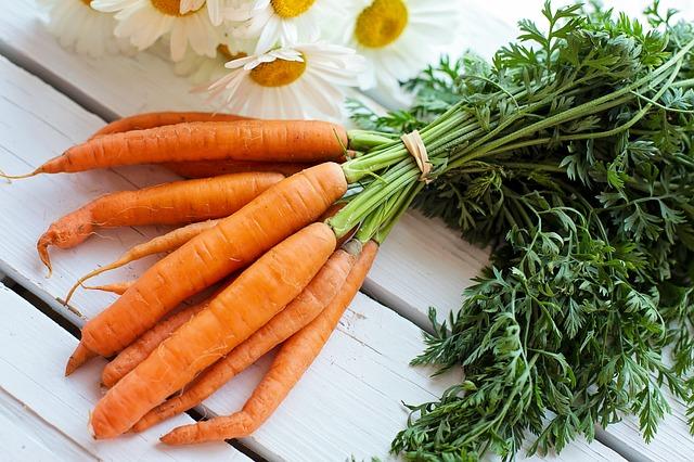 Il succo crudo di carota, un vero e proprio miracolo dei nostri tempi