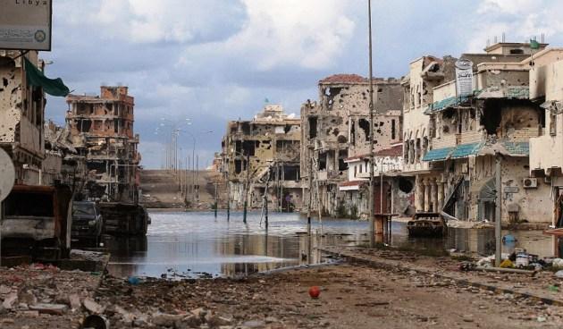 LIBIA, SIRTE AL COLLASSO: CHIUSE TUTTE LE VIA DI FUGA ALL'ISIS