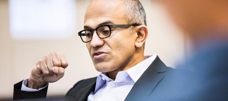 Satya Nadella parla della denuncia al governo Americano | Surface Phone Italia