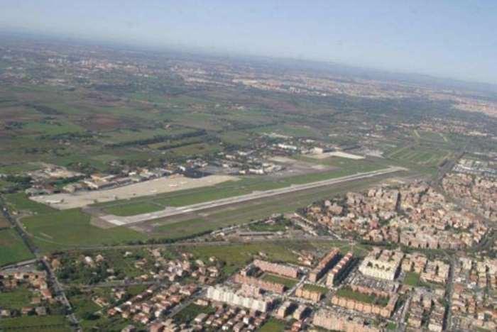 I nuovi investimenti per l'aeroporto di Ciampino dimostrano lo stato di confusione all'interno del Governo