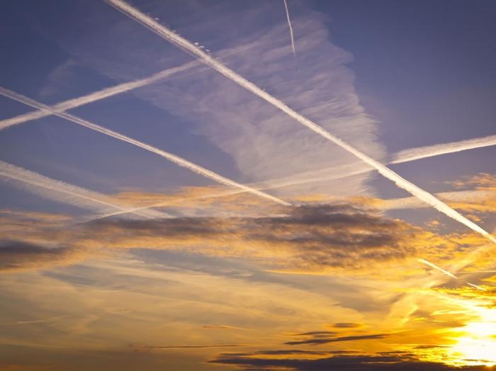 Esistono le scie chimiche? La risposta in una ricerca dell'Università della California
