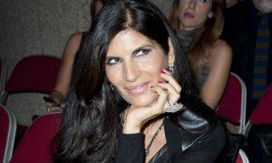 Gocce di Gossip: De Martino contro Pamela Prati a Selfie? Abuso di farmaci per Cristian Imparato?