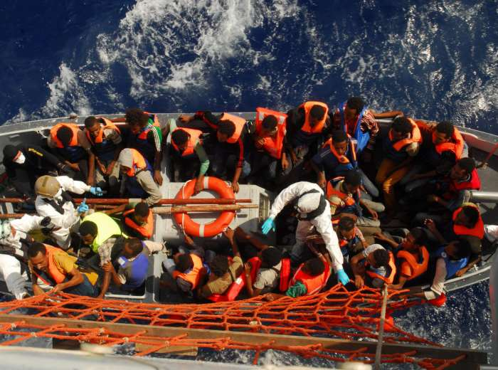 Dalla Camera e dal Senato l'ok per la missione italiana in Libia in contrasto al traffico dei migranti