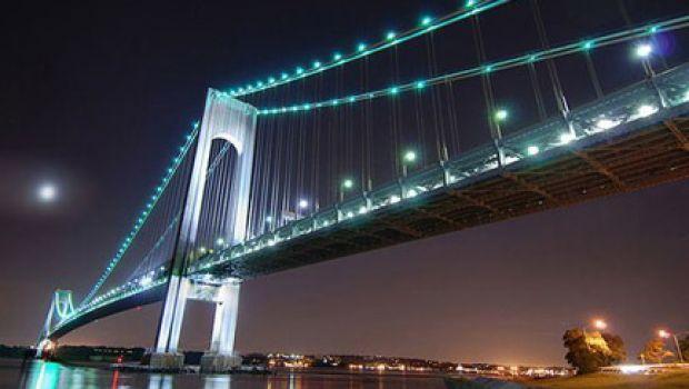 21 novembre 1964: Apre al traffico il ponte di Verrazzano