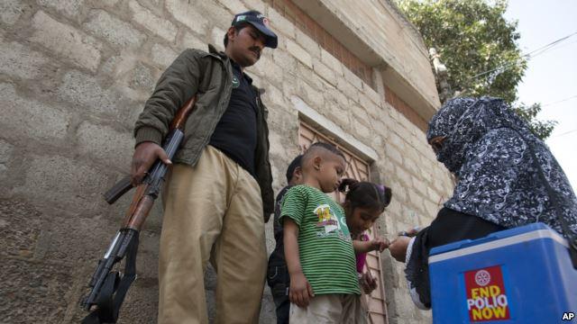 Pakistan: Movimento dei Talebani in Pakistan Jamaat-ul-Ahrar uccide 7 poliziotti di guardia a gruppo