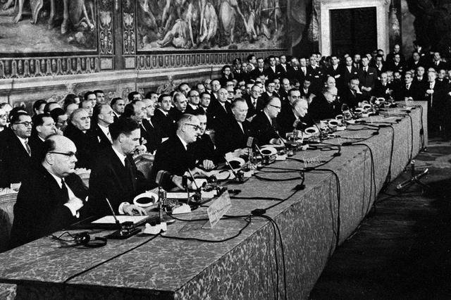 25 marzo 1957: Vengono firmati i tratti di Roma