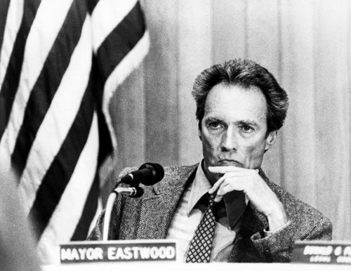 8 aprile 1986: Clint Eastwood eletto sindaco di Carmel-by-the-Sea
