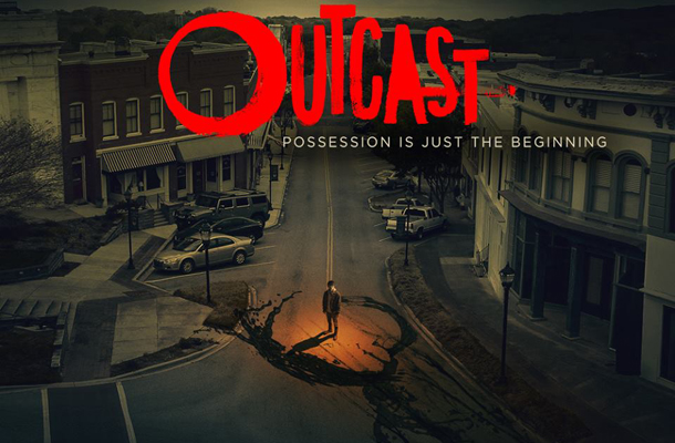 Outcast: la premiere mondiale su Facebook Live, per la prima volta nella storia