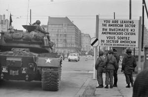 16 aprile 1947: Il termine guerra fredda utilizzato per i rapporti tra USA e Unione Sovietica