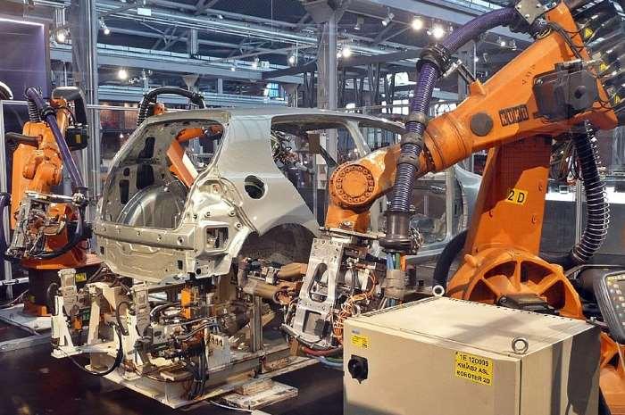 Istat. In leggero rialzo la produzione industriale a marzo 2017