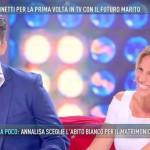 Annalisa Minetti a Domenica Live racconta la proposta di matrimonio ricevuta dal fidanzato Michele