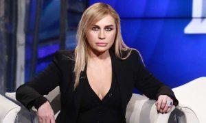 Lory Del Santo contro Silvio Sardi: la guerra continua