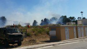Incendio vicino la Casa Comunale di via della Rosa