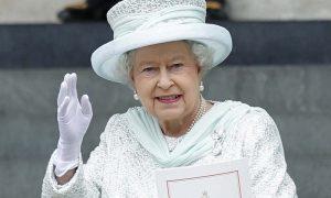Buckingham Palace shock, arriva il primo coming out. Cosa ne pensa la Regina Elisabetta?