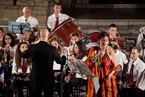 Rita Botto e la Banda di Avola in concerto al Teatro Mandanaci