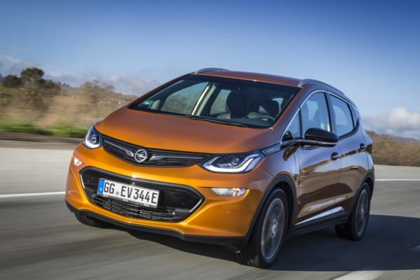 Annunciato in Germania il prezzo della nuova auto elettrica Opel