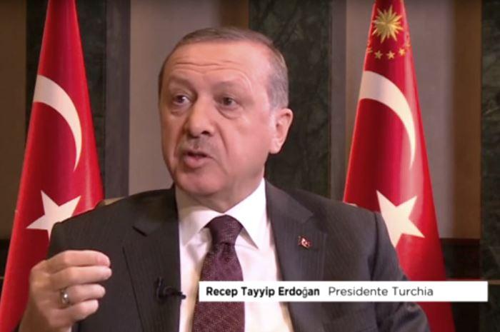 Scintille tra Erdogan e Renzi. Minacciate le relazioni diplomatiche tra Italia e Turchia