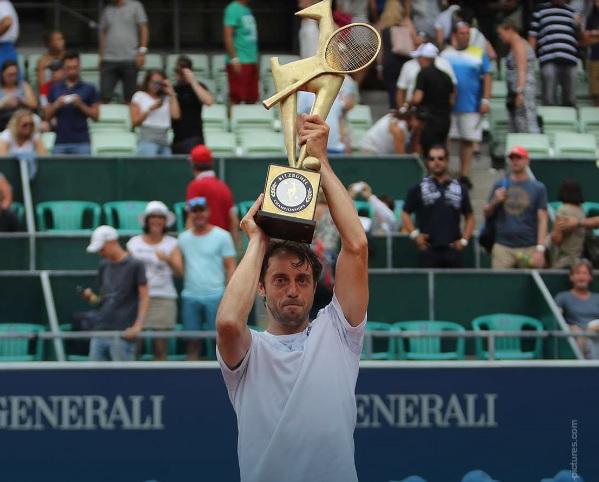 Lorenzi vince a Kitzbuhel, primo torneo Atp della carriera a 34 anni