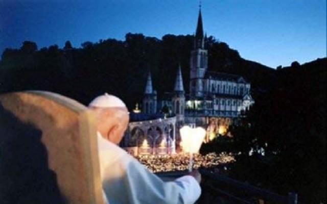 Reliquie di Karol Wojtyla stasera alla fiaccolata