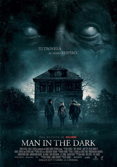 Recensione del film horror MAN IN THE DARK: non si ruba a casa di Rambo