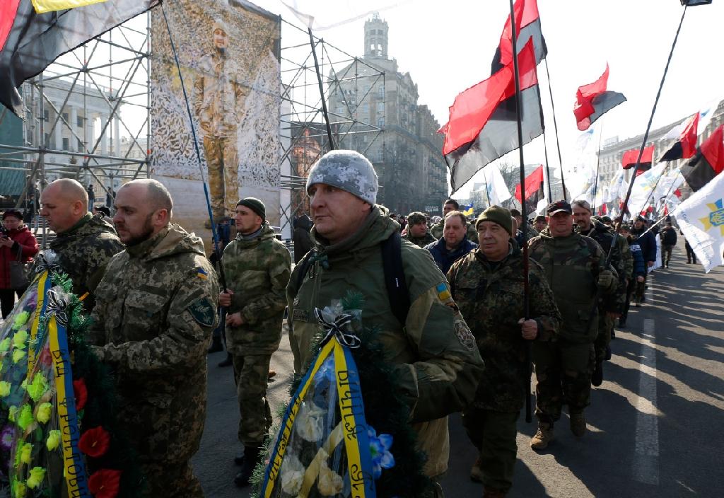 Ucraina: Ucraina accusa i ribelli di rompere la tregua mentre aumentano le preoccupazioni occidental