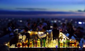 Aperitivo al rooftop bar: ecco i migliori d'Italia [FOTO]