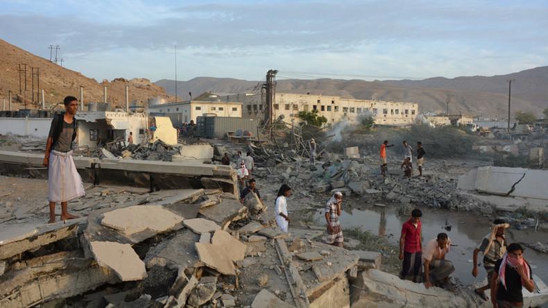 Yemen: Almeno 37 morti, ISIS colpisce reclute in un complesso della sicurezza yemenita » Guerre nel
