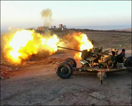Iraq: Militanti Stato Islamico sfondano difese curde Peshmerga irachene, un militare americano uccis