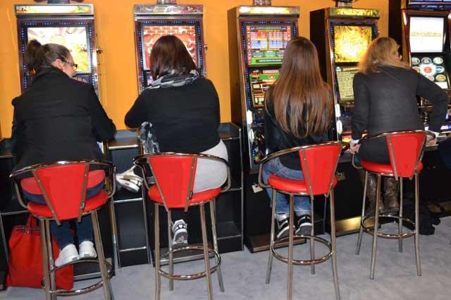 Slot machine e videolottery, giro di vite del Campidoglio