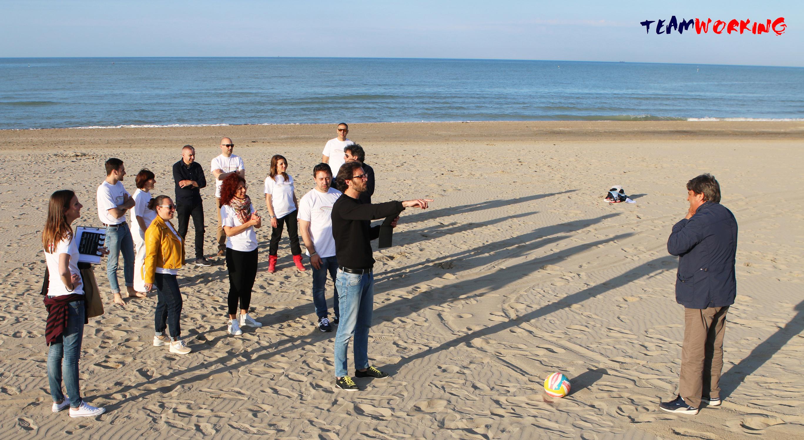 Cineprese in spiaggia per un Team Building d'eccezione!