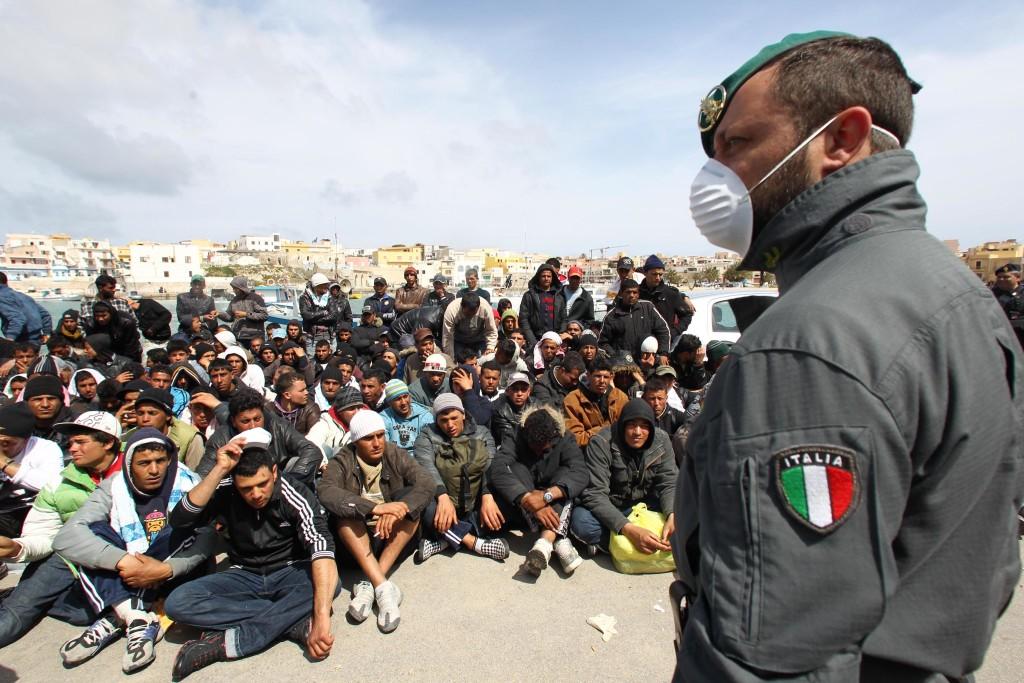 10 falsi miti sui migranti sfatati da Medici Senza Frontiere