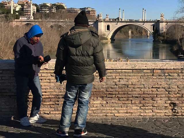 Ponte Milvio, riecco gli emuli di Cyrano de Bergerac