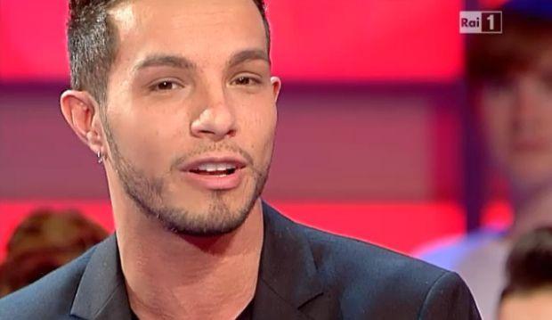 Marco Carta non è omosessuale, parla l'ex fidanzata!