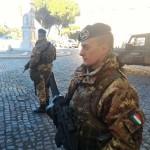 """Roma: partorisce tra le braccia di un soldato in servizio """"Strade Sicure"""""""