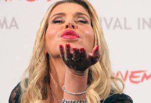 Grande Fratello Vip: i 5 best look di Valeria Marini