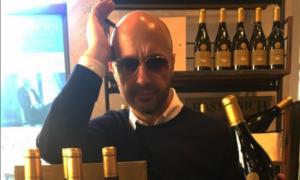 Joe Bastianich in dolce compagnia a Verona, chi è il suo nuovo amore? [VIDEO]