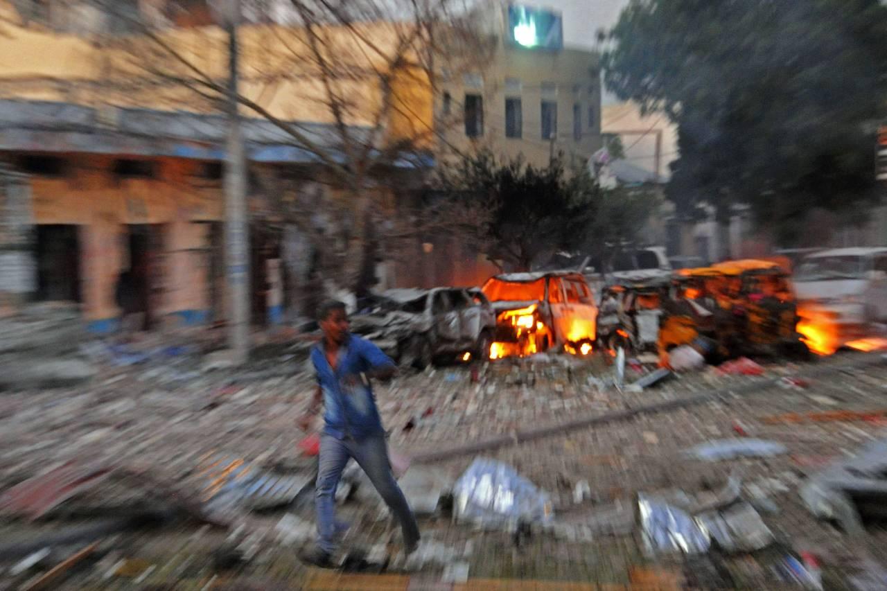 Somalia: Al-Shabaab rivendica responsabilità per attacco mortale su hotel a Mogadiscio » Guerre nel