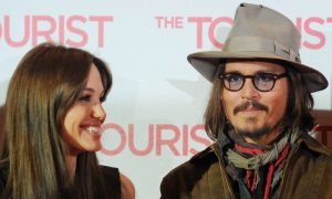 Colpo di scena ad Hollywood: Angelina Jolie sta con Johnny Depp?