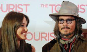Colpo di scena ad Hollywood: Angelina Jolie sta con Johnny Depp?