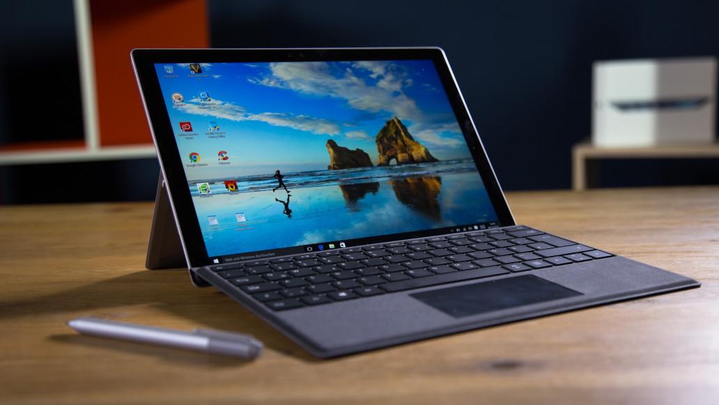 Surface 3, Pro 3 e Pro 4 in offerta speciale per una settimana sul Microsoft Store!