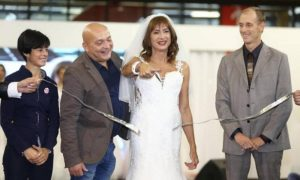 Luxuria in abito da sposa inaugura il Gay Bride Expo